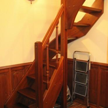 Бюджетная лестница на чердак г. Фрязево
