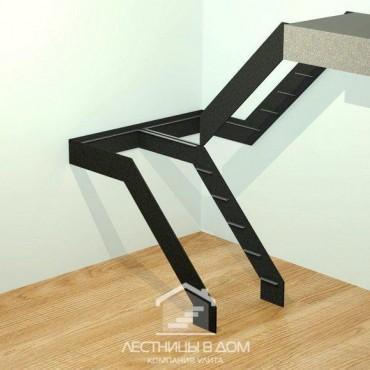 Лестница на тетивах П-образная с площадкой
