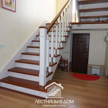 П-образная лестница с комбинированными стойками г. Ногинск