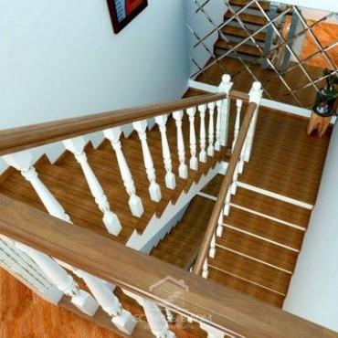 Обшивка бетонной лестницы в классическом стиле