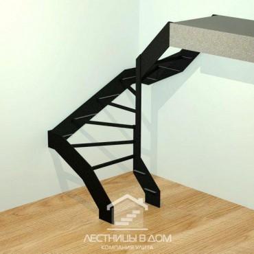 Лестница на тетивах П-образная с забежными ступенями
