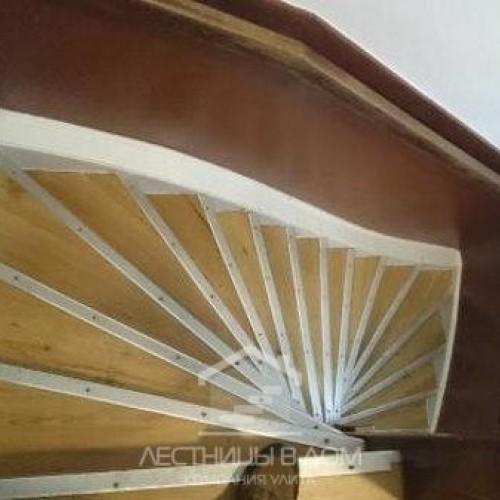 Опасность голландских лестниц