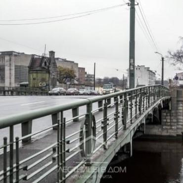 С лестницы Екатерингофского моста в Питере пропали все памятные обозначения
