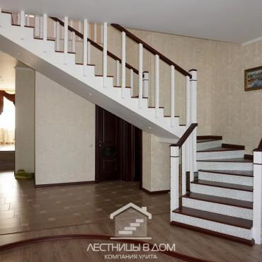 Обшивка бетонной лестницы на второй этаж, г. Черноголовка