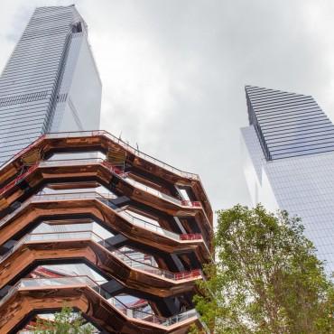В Манхэттене презентовали уникальные лестницы-соты