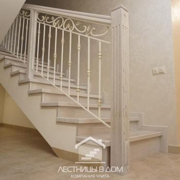 Бетонная лестница в подвал и на второй этаж, г. Павловский Посад