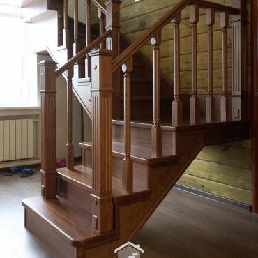 Обшивка металлической лестницы деревом г. Ногинск